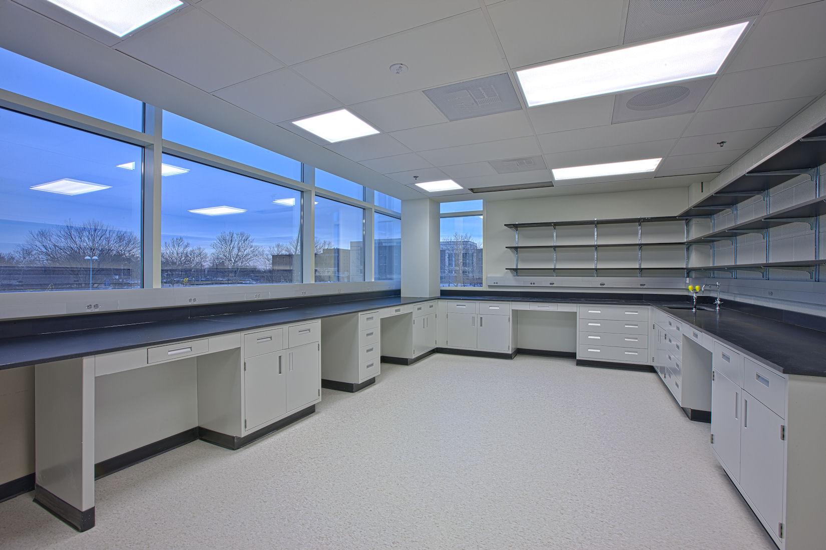 Advanced Bioscience Laboratory